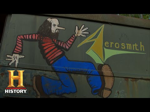 American Pickers: Mike and Frank Check Out the Original Aerosmith Van (S19, E13) | History