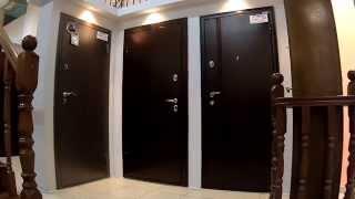 видео Как выбрать входную дверь в частный дом, металлические или деревянные конструкции