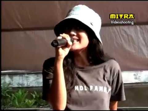 TERLATIH PATAH HATI / savala for land music jepara / RARA AGHA