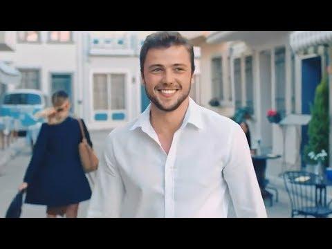İpana Yeni Reklam - Tolga Sarıtaş Sen Gülünce Çok Güzelsin Şarkısı