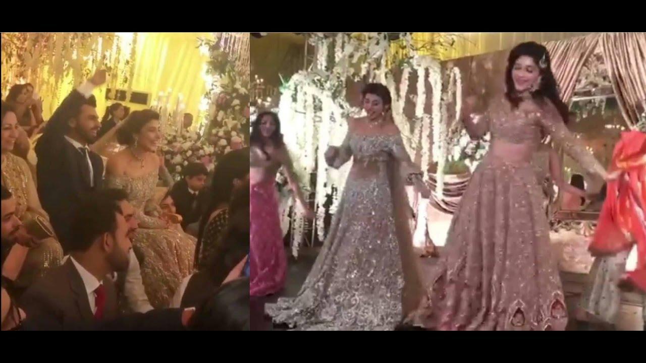 Urwa Hocane Wedding Mehndi Dances Compilation