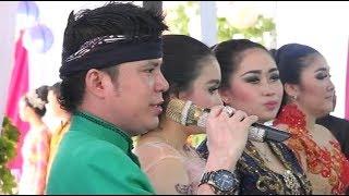 Ladrang Ngayun Ayun - Dimas Tedjo