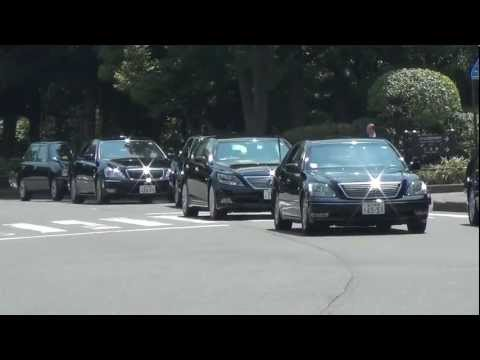 8月15日終戦の日 安倍総理大臣車列