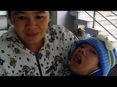 Chia sẻ chút quà tết với bà con khiếm tật và người già Nhà Thờ Long Phú.H Long Phú . Feb,2018