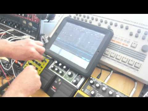IPad - SoundprismPro - Korg - MFB Nanozwerg - StepPolyArp