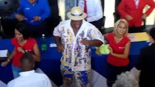 Gambar cover Cubanacan un Verano Armonioso y Diferente.