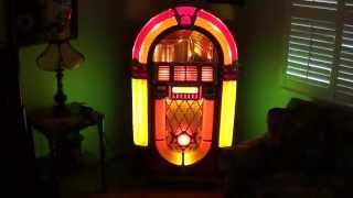 Wurlitzer Bubble Tubes: How They're Made and What Makes Them Bubble