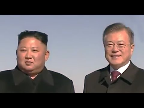 Presidents Kim and Moon on NKorea's sacred mountain