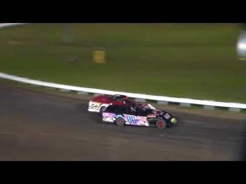 Modified Heat 6 @ Farley Speedway 10/20/17