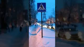 """Саратовская мама с коляской рассказала о квесте """"перейди Ипподромную"""""""