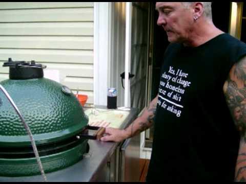 Big Green Egg (BBQ Chicken!) - YouTube