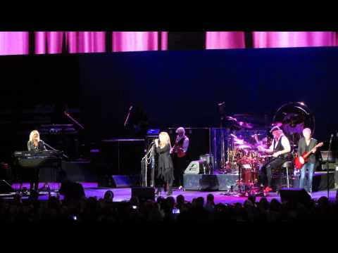 Fleetwood Mac--Viejas Arena SDSU--12 02 14--Over My Head
