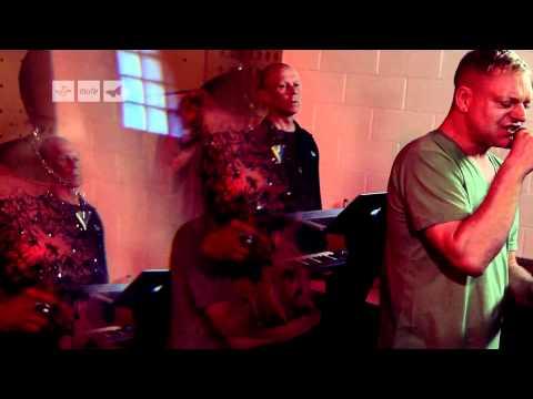 ERASURE - Love To Hate You [Rehearsal Video]