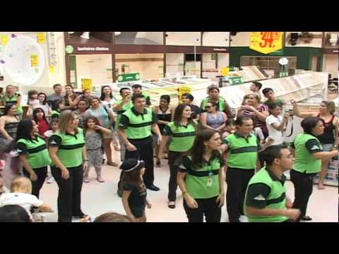 FLASH MOB OFICIAL LEROY MERLIN GOIANIA - 30/04/2011 - YouTube