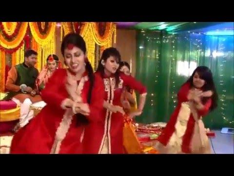 ||chittiyan kalaiyan|| dance performance on zabir and tasmeer's holud