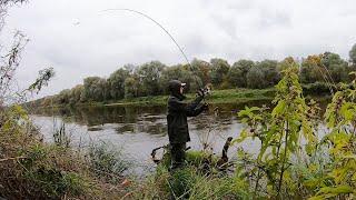 На рыбалку на ВЕЛОСИПЕДЕ Ловля щуки на джиг спиннинг осенью в 2021