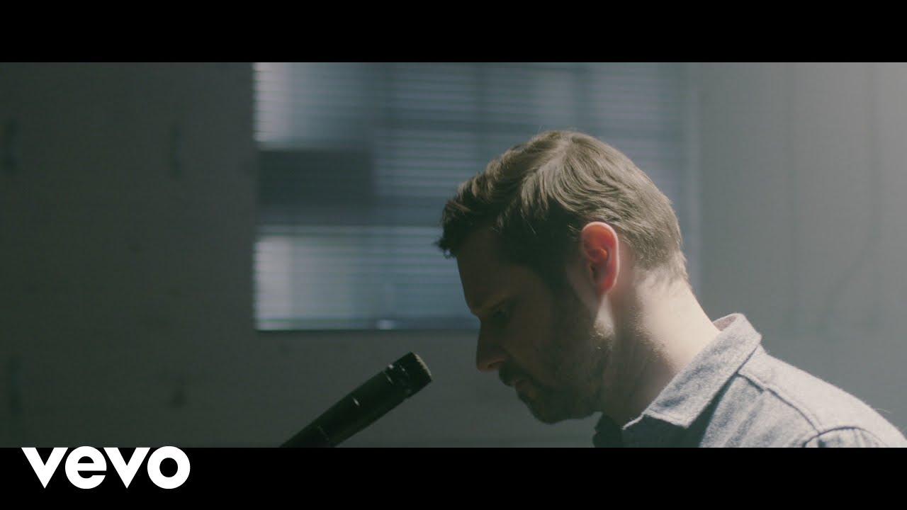 video: Dan Mangan - Fool For Waiting