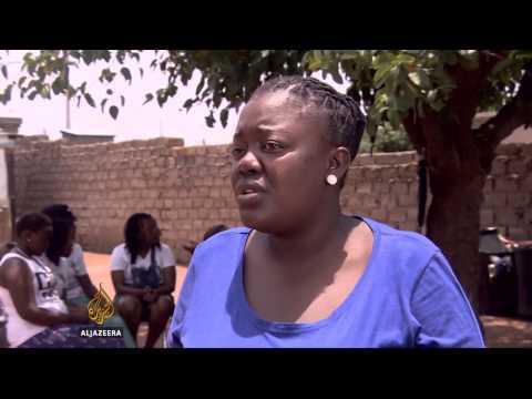 S Africa spreading HIV message through drama