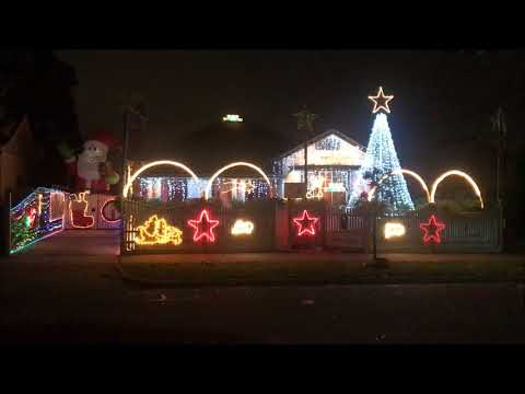 2017 We Will Rock You Computerised Melbourne Christmas Lights In Preston