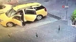 Bursa'da bıçaklı kavga kamerada