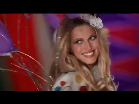 German beauty Toni Garrn (VICTORIA'S SECRET 2011-2014)  MIX