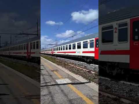 Treno in transito a Cisterna di Latina