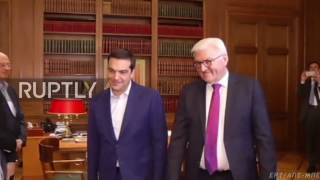 Greece  We 'celebrate' that Austrians rejected the populist candidate   Steinmeier