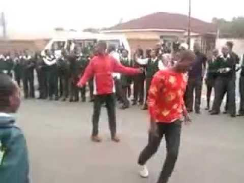 Izikhothane dance,ft the lovely song by bekizin terris-the calling