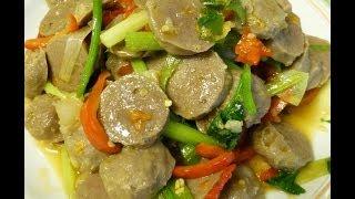 Thai Food Stir Fry Meat Balls
