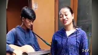 """Gambar cover Pengamen Cantik Suara Merdu Banget ~ Cover """"Rapuh"""" ~ Opick"""