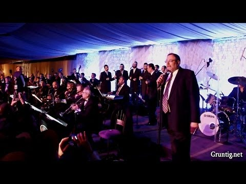 "Full Of Energy Intro At The ""Rechnitz Wedding"" An Aaron Teitelbaum Production"