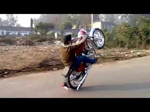 ROYAL ENFIELD BULLET 350 vs TRACTOR Wheelie Amazing Stunning Video