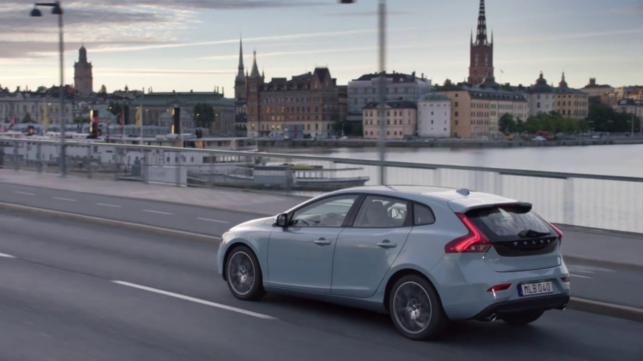 it s your journey the new volvo v40 youtube. Black Bedroom Furniture Sets. Home Design Ideas