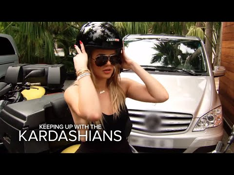 Khloé and Kendall Are Partners in Crime in St. Barths | KUWTK | E!