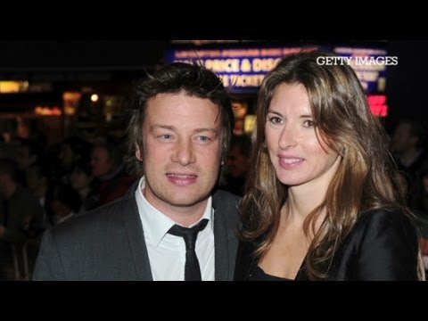 Jamie Oliver: Avoid my wife's cooking