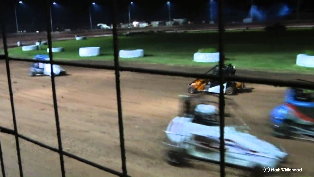 Big Quarter Midget Crash - Nowra Speedway 7-4-12