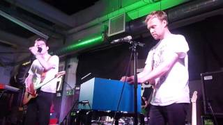 Tom Vek 03 Broke (Rough Trade East London 10/06/2014)
