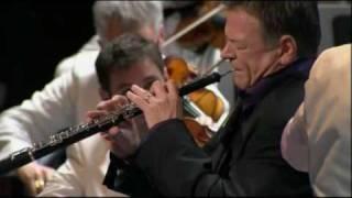 Mozart Oboe Concerto (Adagio non Troppo) - Nicholas Daniel / Jiří Bělohlávek / BBC Symphony Orchestra