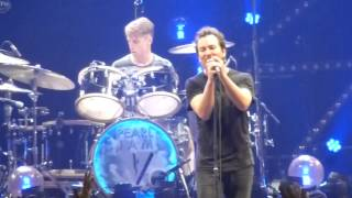 pearl jam october 12 2013 buffalo indifference