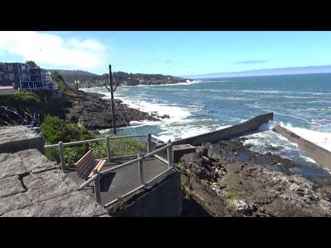201708181132 - Depoe Bay Harbor  - Oregon Coast