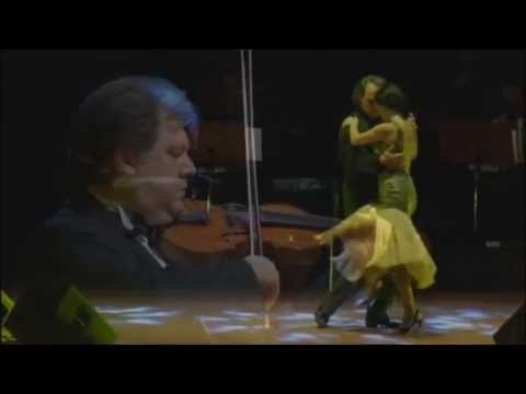 Şevval Sam'ın Tango Dansı