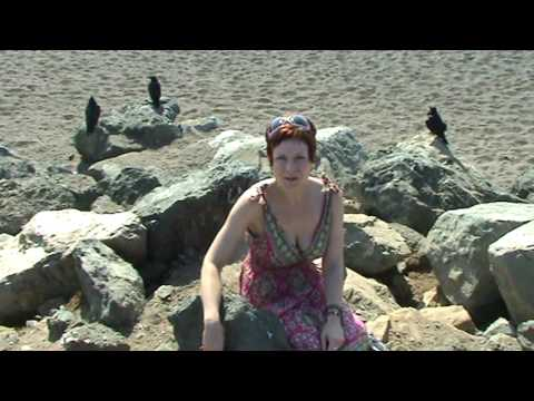 Catherine Grison : About crows, death and DVDs!