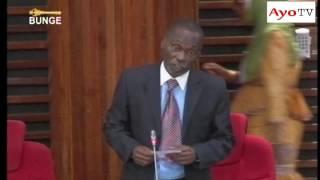Cheka kidogo na huyu Mbunge anayejiita 'Bwege' na hivi vituko vyake