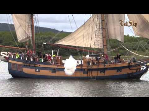 Pirate Ship Canon Battle - Lady Washington vs Hawaiian Chieftain -Coos Bay, OR