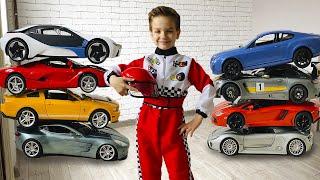 Марк стал гонщиком Учим марки больших гоночных машинок для детей