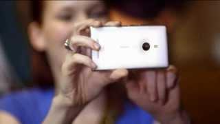 """Nokia Lumia 925 """"Ich liebe die Nacht und das ist mein Nacht.Sicht.Gerät"""" Werbung 2013"""