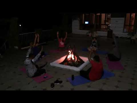 Fitness De Royale Organic County Camp fire meditation 1