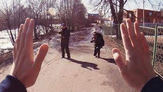 DayZ в реальной жизни: «Я Мирный!»(В DayZ есть два типа людей: мирные и те, кто всё ещё жив Подпишись на новые видео ▻ http://bit.ly/mrtvcow ✪ English version ▻..., 2014-03-14T11:54:39.000Z)