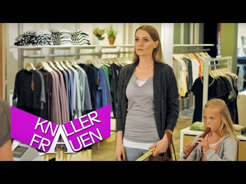 Refund warranty [subtitled] | Knallerfrauen with Martina Hill