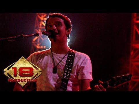 ungu---melayang-(live-konser-pontianak-4-juli-2006)